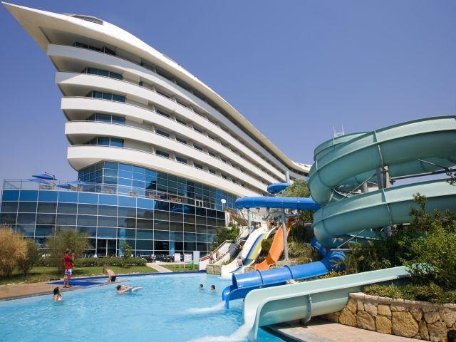 Concorde de luxe hotel tivrona tours for Hotel de luxe